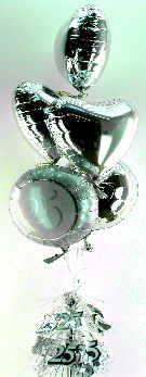 Silberhochzeit mit Herzluftballons